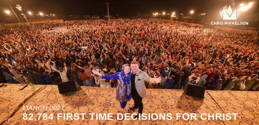 Read more about the article Crusade Update   Thousands Saved Last Week…
